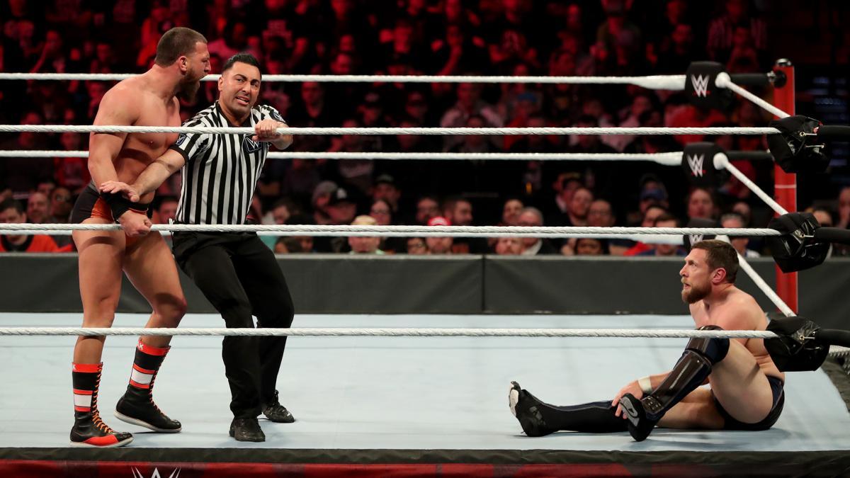 Bryan vs Gulak en Elimination Chamber.