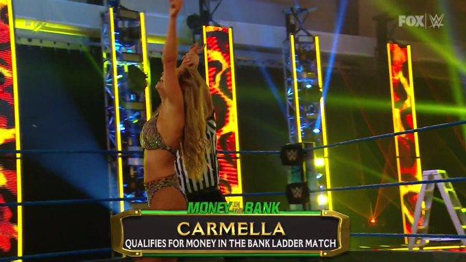 Carmella va por su MITB tras ganar en SmackDown.