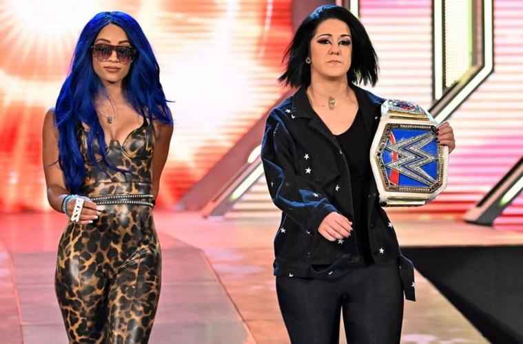 Sasha Banks y Bayley