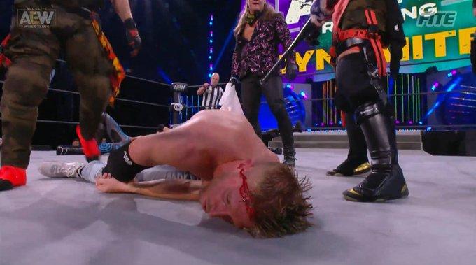 Chris Jericho ataque a Orange Cassidy