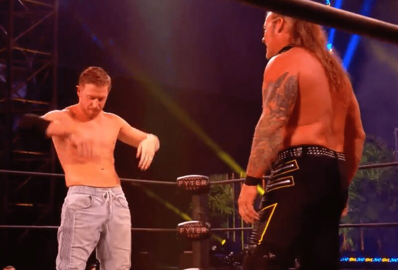 AEW Dynamite vs WWE NXT con una tremenda postal.