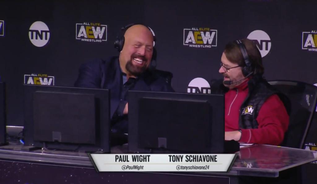 Sonrisas en el debut de AEW Dark: Elevation.