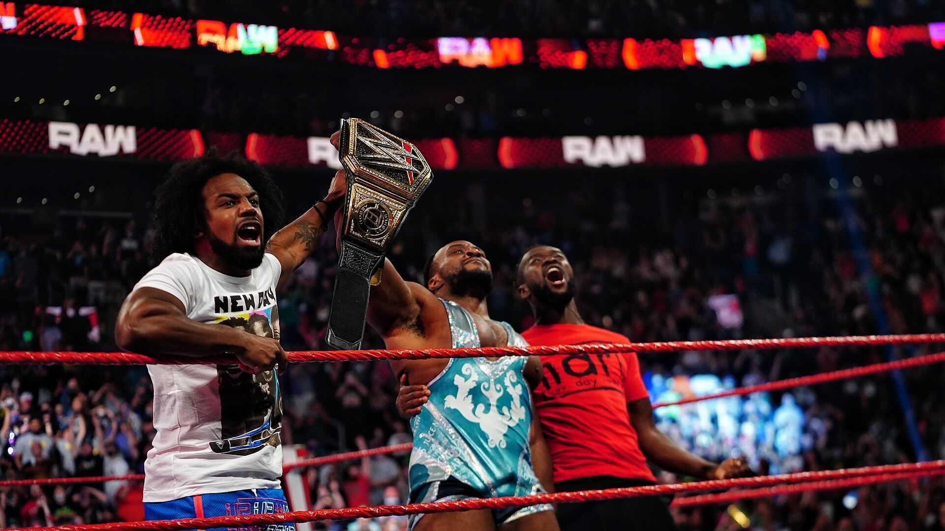 Big E nuevo campeón.